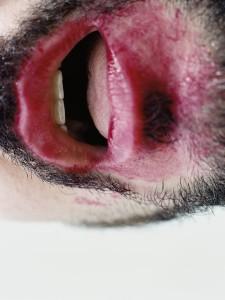 Boca #3 (2006), C-Print 30 x 40 in. Reflejos del subconsciente (2006) - Exhibición fotográfica por Tristán Reyes