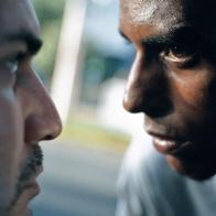 Conexión (2008) - 20x20 in. C-Print, Fotografía por Tristán Reyes Serie: sobre la imposibilidad de conexión y la memoria (2008)